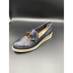 24300 MOCCASIN