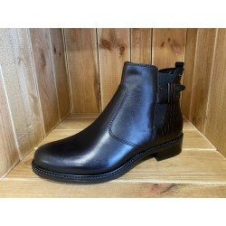 25082 BOOTS