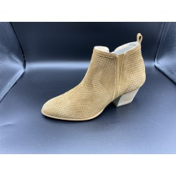 SALLY BOOTS
